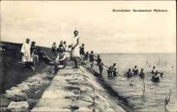 Ak Pellworm, Nordseeinsel, Badegäste am Strand