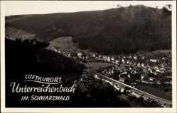 Foto Ak Unterreichenbach Schwarzwald, Vogelschau zum Ort im Tal