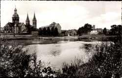 Postcard Seligenstadt Hessen, An der Mainfähre, Flusspartie, Kirche, Häuser