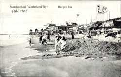 Ak Westerland auf Sylt, Burgen Bau, Strandpartie, Meer, Fahnen, Sand