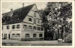 Postcard Kellmünz Schwaben, Straßenpartie mit Blick auf Gasthaus Xaver Kramer