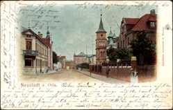 Ansichtskarte / Postkarte Neustadt an der Orla, Straßenpartie im Ort, Turm, Häuser