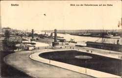 Ak Szczecin Stettin Pommern, Blick von der Hakenterrasse auf den Hafen