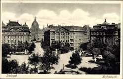 Postcard Budapest Ungarn, Blick auf den Freiheitsplatz, Häuser, Statuen
