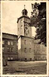 Ak Szczecin Stettin Pommern, Uhrturm am Schloss, Fassade, Platz