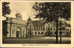 Postcard Wesel am Niederrhein, Berlinertor und Kaiserl. Postamt
