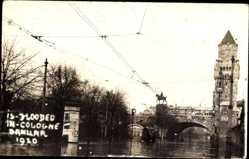 Foto Ak Köln am Rhein, Hochwasser Januar 1920, Brücke