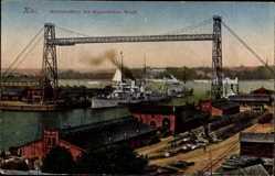 Postcard Kiel in Schleswig Holstein, Schwebefähre der Kaiserlichen Werft, Kriegsschiff