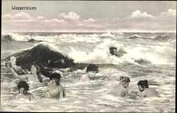 Ansichtskarte / Postkarte Wassernixen, nackte Frauen im Meer, Wellen
