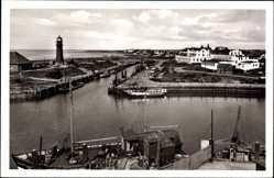 Postcard Büsum Dithmarschen, Blick in den Hafen und auf den Leuchtturm