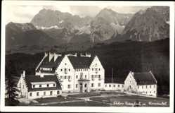 Foto Ak Krün in Oberbayern, Schloss Kranzbach mit Karwenkel