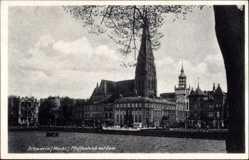 Postcard Schwerin in Mecklenburg Vorpommern, Pfaffenteich mit Dom