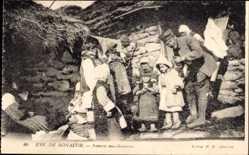 Postcard Monastir Bitola Mazedonien, Famille macedonienne, Einheimische Familie