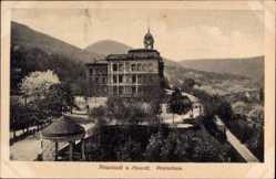 Postcard Neustadt an der Weinstraße, Die Realschule mit Berglandschaft