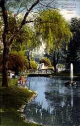 Postcard Offenburg, Partie aus den Zwingernanlagen, Teich, Springbrunnen