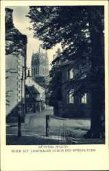 Postcard Münster in Westfalen, Blick auf Liebfrauen durch den Spiegelturm