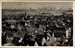 Postcard Memmingen, Stadtpanorama, Gebirgskette, Glockenturm, Häuser