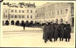 Foto Ak Samosch Zamość Polen, Markt im Winter, Wehrmachtsoldaten 1939