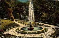 Postcard Hof an der Saale Oberfranken Bayern, Theresienstein, Springbrunnen
