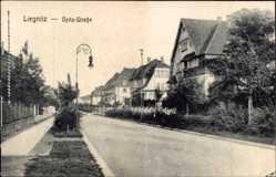 Ak Legnica Liegnitz Schlesien, Opitzstraße, Villen, Straßenpartie