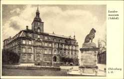 Postcard Oldenburg, Blick zum Schloss mit Landesmuseum, Statue