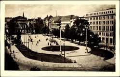 Ak Poznań Posen, Plac wolnosci, Freiheitsplatz, Denkmal, Passanten
