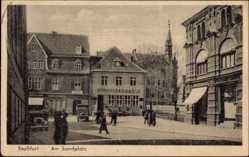 Postcard Staßfurt im Salzlandkreis, Partie am Sandplatz