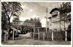 Postcard Frankenberg an der Zschopau, Gasthof Lützelhöhe, Hermann Berger, Eingang