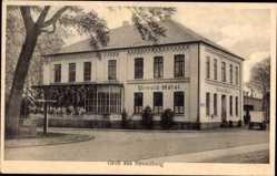 Postcard Neuenburg Zetel in Friesland, Straßenpartie mit Blick auf das Urwald Hotel