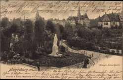 Postcard Magdeburg in Sachsen Anhalt, Partie im Königin Luise Garten, Statue