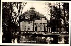 Postcard Lübbenau im Spreewald, Blick auf die Pohlenz Schänke, Spreewaldkahn