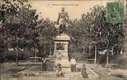 Postcard Saigon Cochinchine Vietnam, Statue de Francis Garnier, Vietnamesen