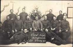 Foto Ak Glückwunsch Neujahr, Soldaten, Gruppenfoto 1918, Militärfeuerwache