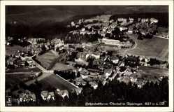 Postcard Oberhof im Thüringer Wald, Fliegeraufnahme, Blick auf die Stadt, Wald