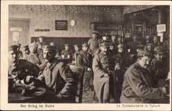 Postcard Turkum Lettland, Soldatenheim, Innenansicht, Deutsche Soldaten