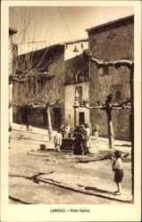 Postcard Laredo Kantabrien, Vista tipica, Kinder am Brunnen im Ort