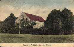 Postcard Weißbach Thüringen, Gasthof, Inh. E. Wiessner, Gebäude, Wiese