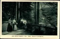 Postcard Tabarz im Thüringer Wald, Partie im Lauchagrund, Frauen
