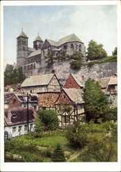 Postcard Quedlinburg im Harz, Fachwerkhäuser, Kirche, Garten, Mauer