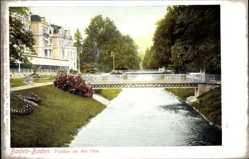 Postcard Baden Baden im Stadtkreis Baden Württemberg, Partie an der Oos, Brücke