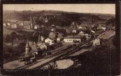 Postcard Burgbrohl Rheinland Pfalz, Gesamtansicht, Bahnhof, Kirche