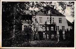 Postcard Niederkleveez Bösdorf, Blick auf die Pension Haus Marienburg
