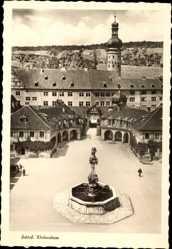 Postcard Weikersheim Main Tauber Kreis, Ansicht des Schlosses, Brunnen