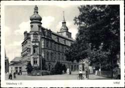 Postcard Oldenburg in Niedersachsen, Straßenpartie mit Blick auf das Schloss