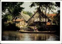 Ak Leipe Lübbenau im Spreewald, Altes Gehöft, Spreewaldkahn, Kanal