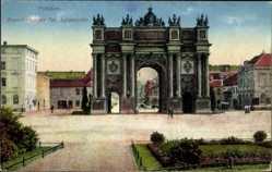 Postcard Potsdam Brandenburg, Blick auf das Brandenburger Tor, Luisenplatz