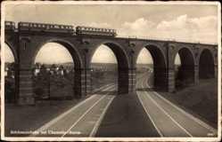 Postcard Borna Heinersdorf Chemnitz in Sachsen, Autobahn mit Brücke, Zug