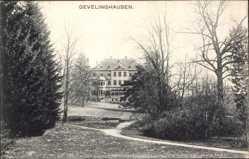 Postcard Gevelinghausen Olsberg im Sauerland, Blick auf ein Gebäude, Weg