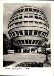 Postcard Dresden, Ansicht des Kugelhauses um 1930, Vorplatz, Plastik