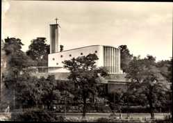 Postcard Frankfurt am Main, Blick auf die Herz Marien Kirche, Straßenpartie